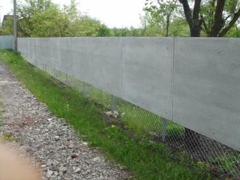 Делаем забор из плоского листа шифера