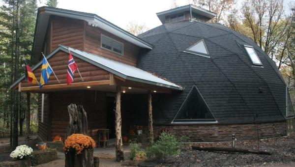 Конструкция дома с сферической крышей