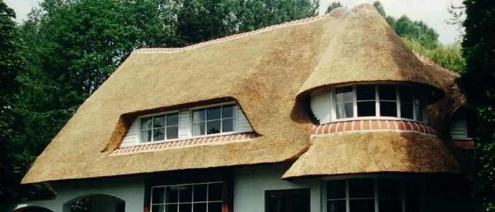 Устройство и технология укладки соломенной крыши